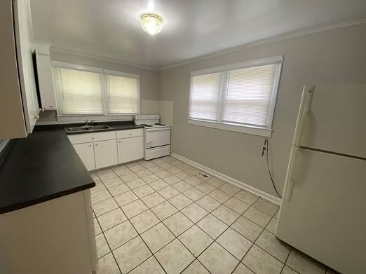 Photo 1407 Fort Manor DrPerfect family 2 bed 1 bath home1 car garage (Lynchburg, VA)