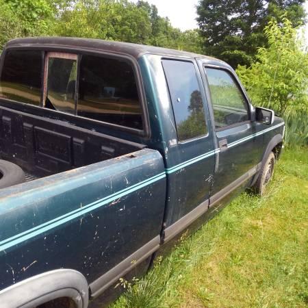 Photo 1993 Dodge Dakota Club cab pick-up trucks for sale or trade - $1500 - $1,500 (Prospect VA)