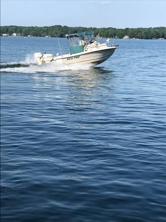 Photo 1996 19 ft., Sea Pro, and 2004 Load Rite trailer - $10,500 (Smith Mountain Lake, Moneta)