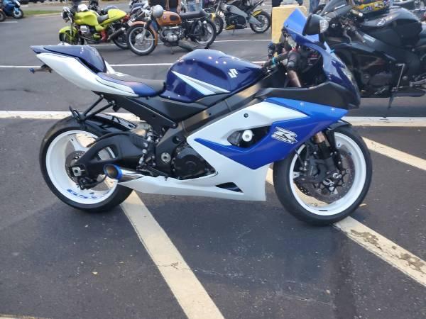 Photo 2006 Suzuki Gsxr 1000 - $6,500 (South Chesterfield)