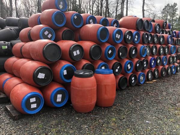 Photo 45 gallon food grade barrels - $25 (Concord)