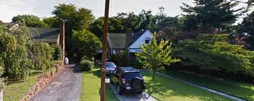 Photo Beautiful 3 bedroom and 2 bathrooms brick ranch with full basement. (Biltmore Ave, Lynchburg, VA)