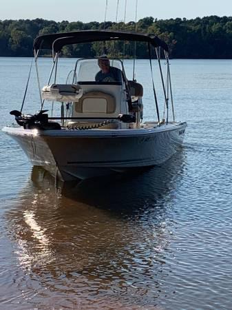 Photo Key west center console boat - $38,000 (Lynchburg)
