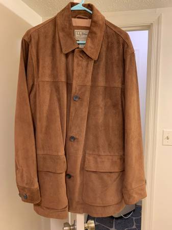 Photo Mens Med. LL Bean brown suede leather jacket excellent condition - $20 (Lynchburg)