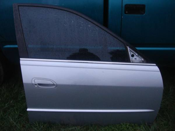 Photo ONE front, passenger door for 2001 Honda Accord, silver - $75 (Bedford, VA)