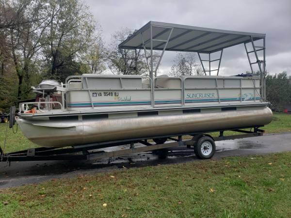 Photo Pontoon Boat 2239 Suncruiser - $5,500 (Beaverdam)