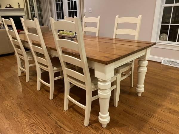 Photo Pottery Barn Farmhouse Table and Chair Set - $1,300 (Lynchburg)