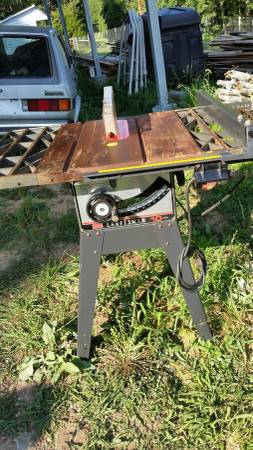 Photo Sears - Craftsman 10 quot Table Saw - $150 (Appomattox)