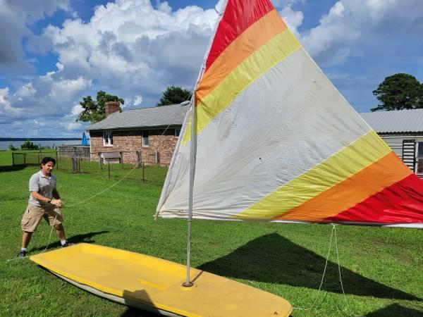 Photo Small sail boat sailboat - $100 (Locust hill)