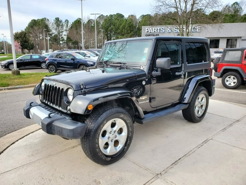 Photo Used 2014 Jeep Wrangler 4WD Sahara w Dual Top Group for sale