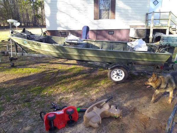 Photo 14 ft aluminum Jon boat - $1400 (Milledgeville, ga)