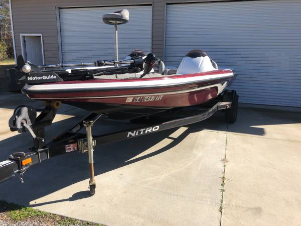 Photo 2007 Nitro Bass Boat Project - $3900 (Milledgeville)