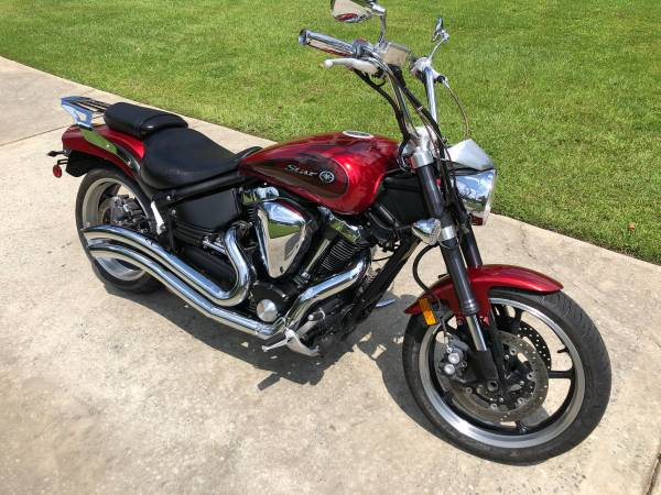 Photo 2008 Yamaha V-Star Road Warrior 1700 - $4,450 (Macon)