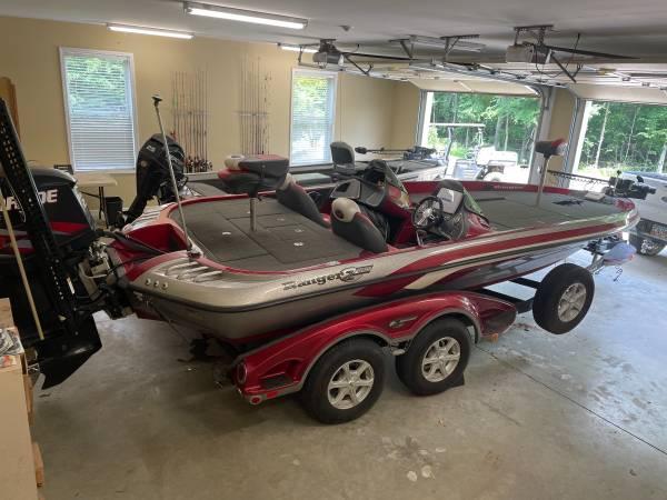 Photo 2012 Ranger Z520 - $44,950 (Milledgeville)