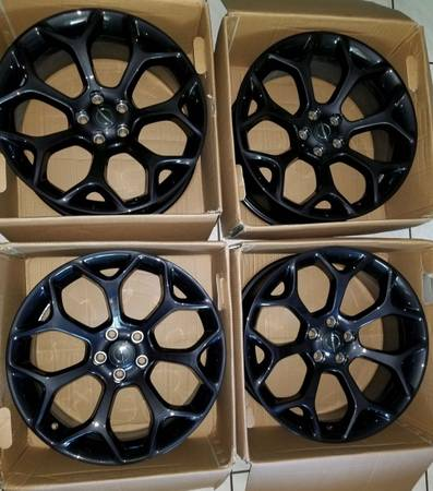 Photo 20 OEM 2019 Chrysler 300 Gloss Black Rims with Center Caps - $950 (Perry)