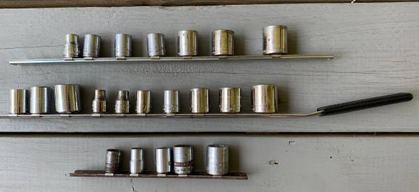 Photo 38 th DRIVE SOCKETS, 22 SAE  METRIC, Mostly Craftsman - $10 (MILLEDGEVILLE)