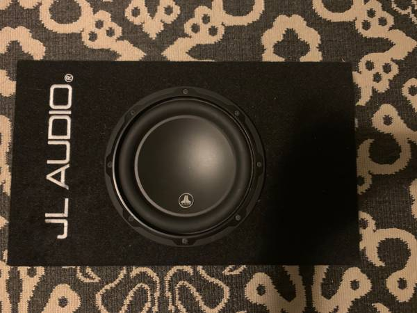 Photo 8-inch JL Audio Subwoofer - $149 (Warner Robins)