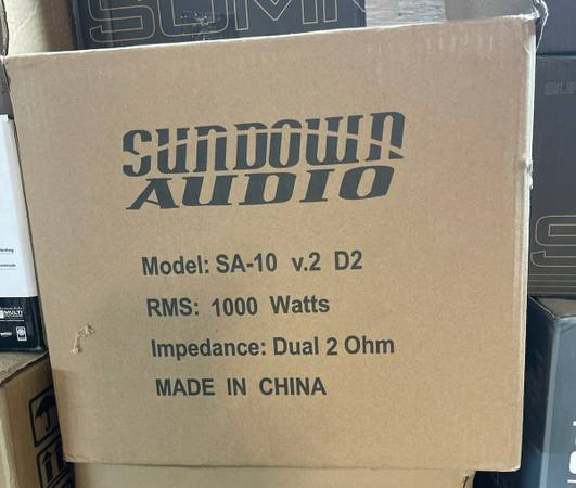 Photo BRAND NEW SUNDOWN AUDIO 10 INCH COMPETITION SUBWOOFER. 2000 WATTS - $230 (Warner Robins)