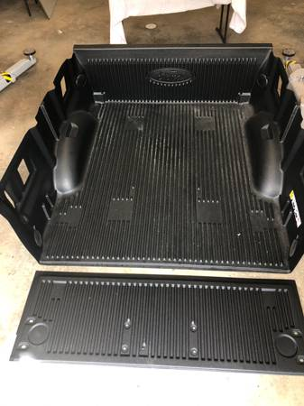 Photo Bed Liner - $100 (Athens)