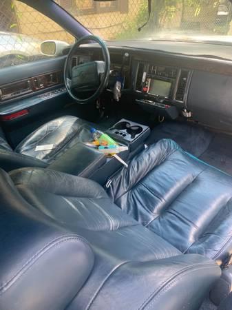 Photo Cadillac fleetwood - $4,500 (Macon ga)