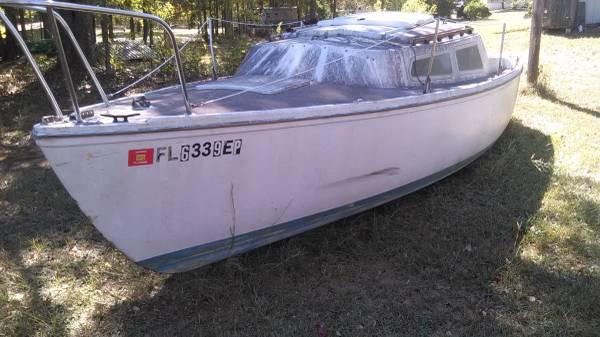 Photo Catalina 22 sail boat - $999 (Twiggs)