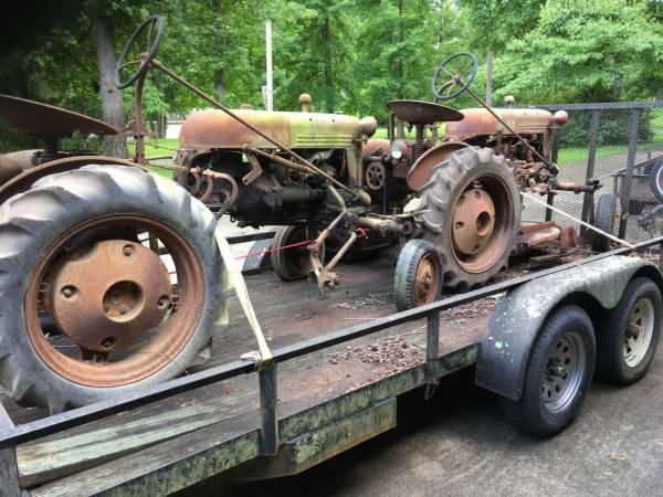 Photo Farmall Cub Tractors - $3,000 (Milledgeville)
