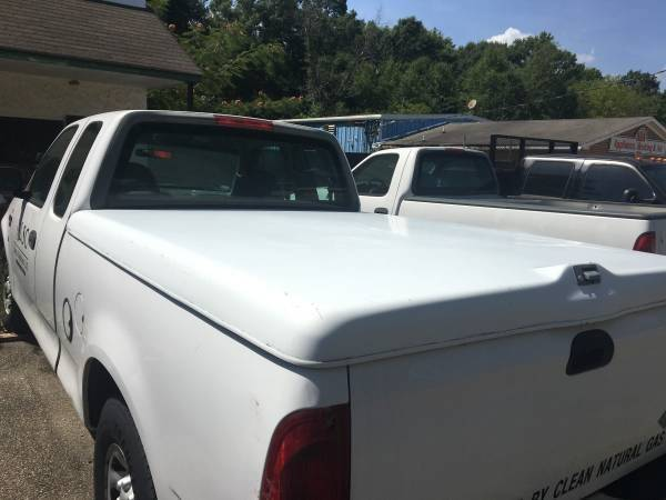 Photo Ford Truck Fiber Glass Bed Cover - $375