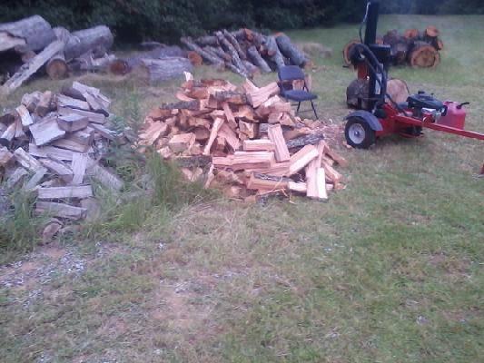 Photo Half cord split Oak Firewood $110 Delivered $95 u pick up - $110 (Middle Ga.)