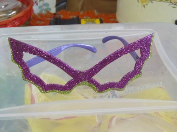 Photo Halloween Cat Eye Glasses PurpleSilver Sequins New - $6 (Macon)
