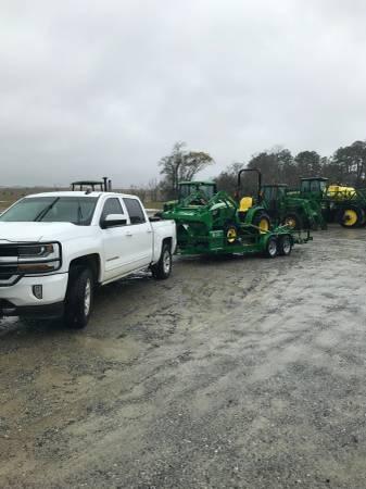 Photo John Deere 3025E Tractor Pakg. - $22499 (Unadilla, GA)