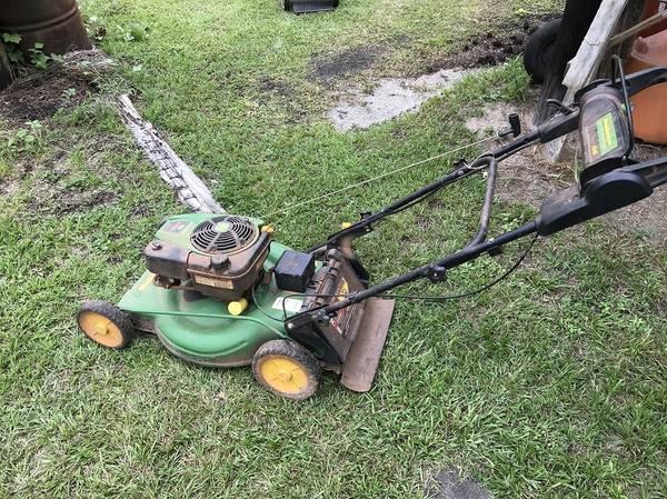 Photo John Deere Self Propelled Mower - $350 (Macon)