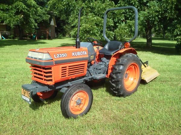 Photo Kubota L2350 Tractor - $7,000 (Fort Valley, GA)