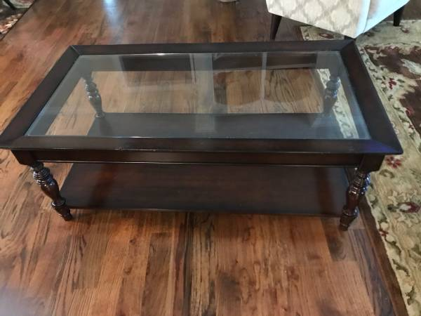 Photo Pier One Coffee Table - $40 (Forsyth)