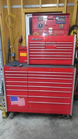 Photo Snap on tool box set - $3000 (MACON)