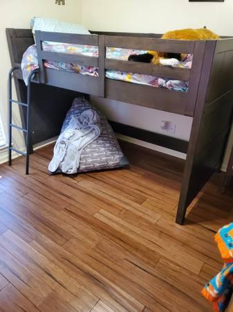 Photo Twin loft bed - $500 (Warner Robins)