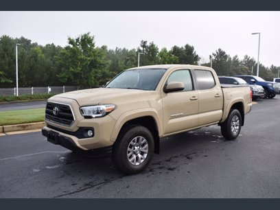 Photo Used 2017 Toyota Tacoma w SR5 Package for sale