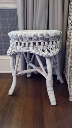 Photo White wicker stool - $45 (macon, ga)