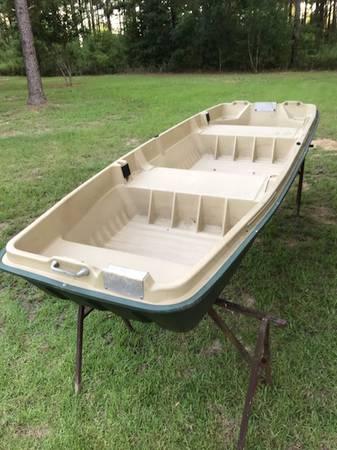 Photo pelican 1239 boat - $450