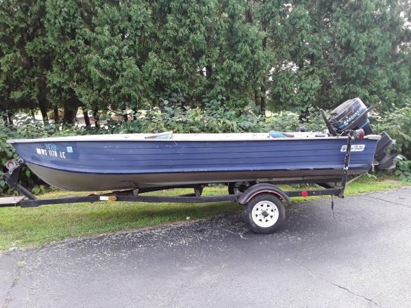Photo 16 foot Aluminum Blue Fin Fishing Boat - $3,235 (Portage)