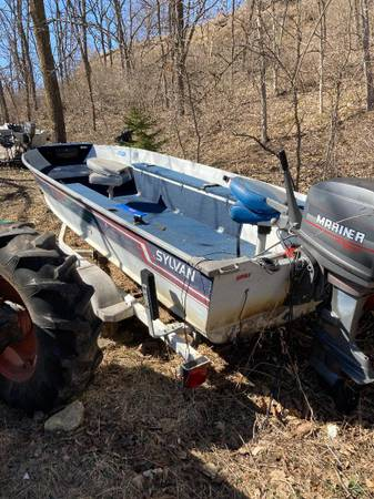 Photo 16 ft Sylvan aluminum fishing boat and trailer, No Motor - $2,000 (Madison - Belleville area)