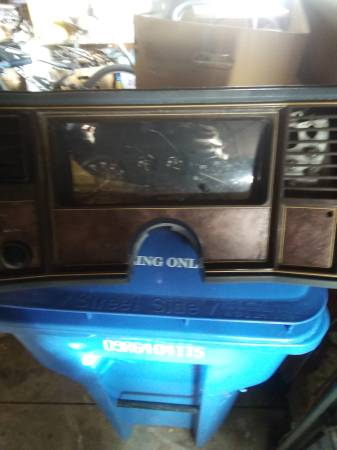 Photo 1980s Box Chevy dash cluster. Fits many years and models - $50 (Stoughton)