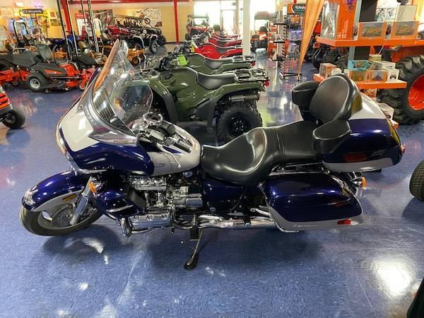 Photo 2000 HONDA GL1500CF VALKYRIE INTERSTATE MOTORCYCLE - $5,499 (Beaver Dam)