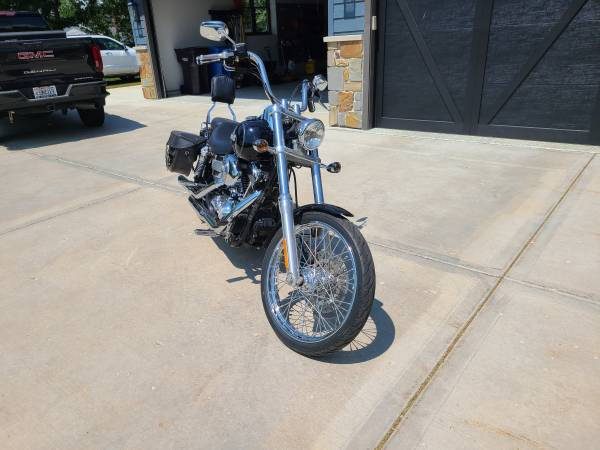 Photo 2006 Harley Dyna Wide Glide - $7,200 (Stoughton)
