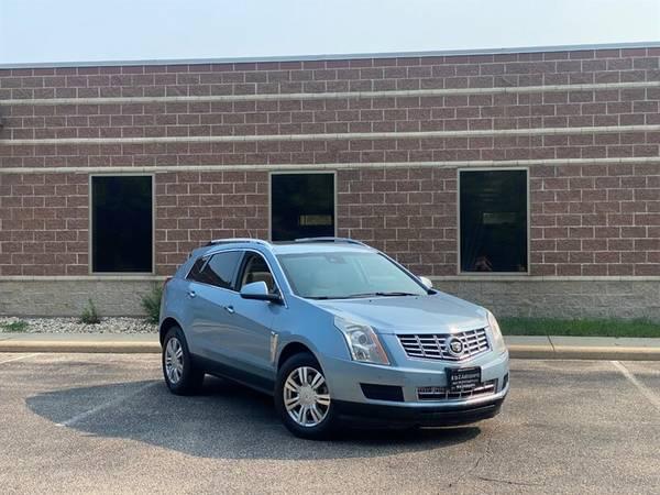 Photo 2014 Cadillac SRX Luxury AWD  AWD  SUNROOF  NAVI  DVD  C - $14,995 (Madison, WI)