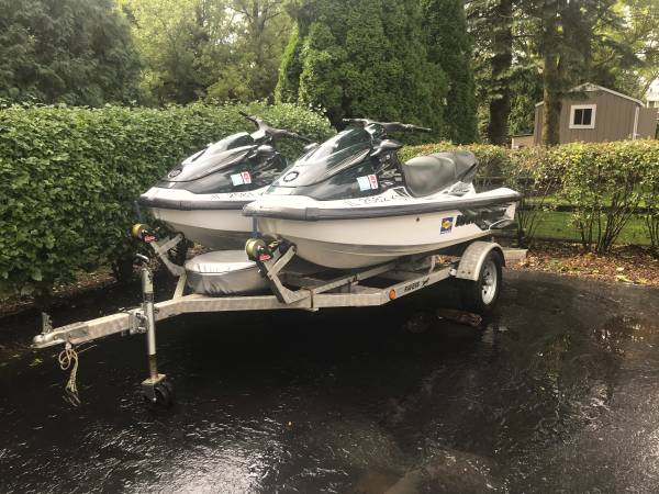 Photo 2 1999 Yamaha Waverunner XL1200 3 Seaters with Trailer - $4000 (Algonquin)