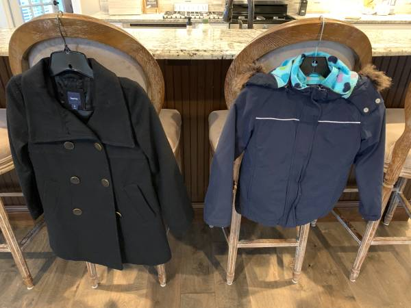 Photo 2 Girls (Large) winter coats, like new - $20 (Oregon)