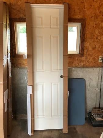 Photo 6 panel White Interior doors - $100 (Marshall)