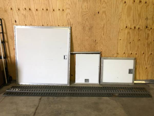 Photo Aluminum doors for snowmobile car trailer - $550 (Baraboo)