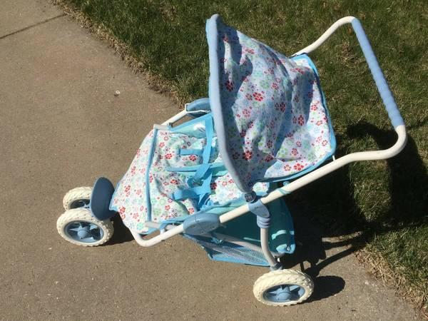 Photo American Girl Bitty Baby Twin Dolls Double Stroller Side By Side - $60 (S. Fish Hatchery)