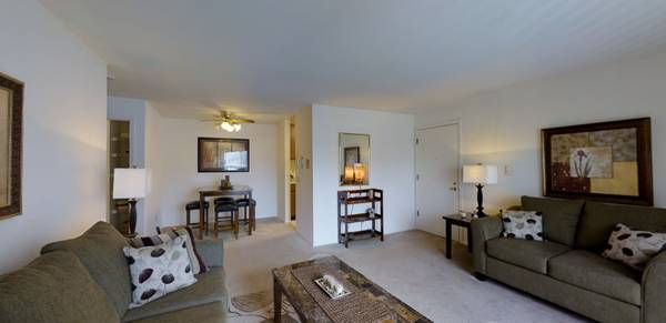 Photo Apartment For Sublet No Security Deposit (Madison)
